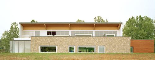 De8 architetti — DIETRO LA VIGNA