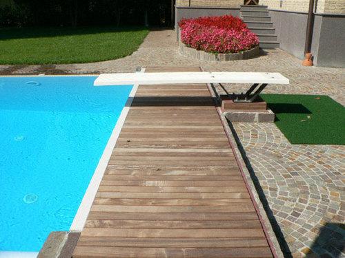 Mario frau una piscina e il suo giardino divisare by - Piscina di senago ...