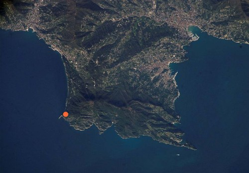 UNA2 Architetti Associati, 3S studio, mP.Settanta I.A.Associati , neutrostudio — Recupero manufatti bellici e percorsi naturalistici nel Parco di Portofino