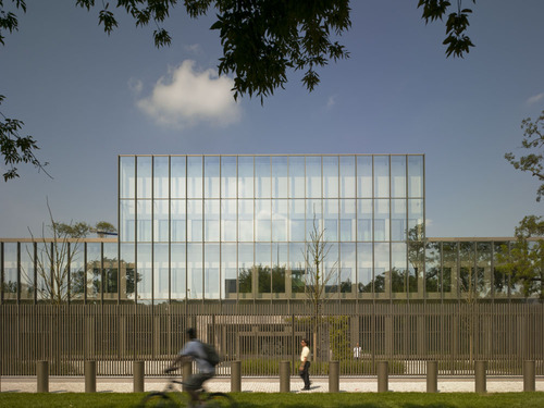 Tony Fretton Architects — British Embassy
