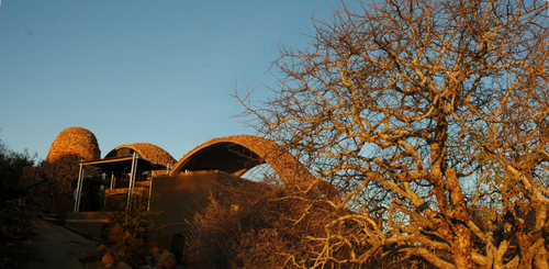 Mapungubwe-interpretation-centre-peter-rich-architects-pano-extra-1_large