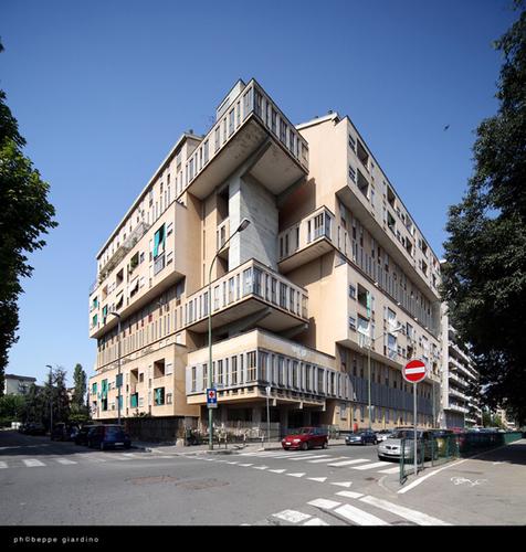 Pietro Barucci, Sara Rossi — Casa INCIS, oggi ATC, in Corso Taranto 80 a Torino (1966-75)