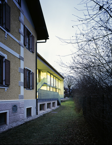 Foto_03-scuola_materna_large
