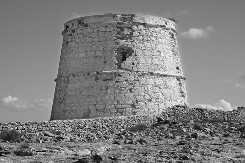 Marià Castelló Martínez — Restauración de la Torre de la Gavina, s. XVIII