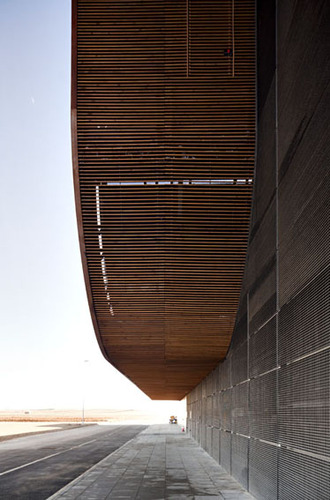 B720_architects_lleida_airport_220110_1468_large