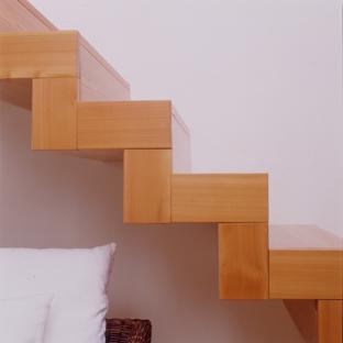 Gavinelli architettura claudia colla casa su due for Aggiunte a casa su due livelli