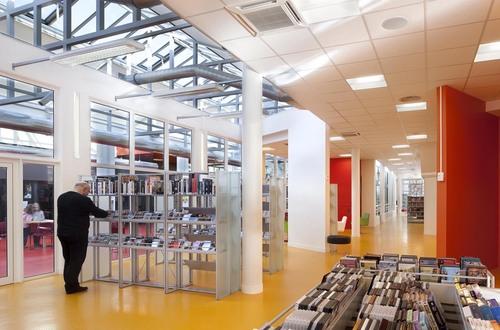 B+C architectes — Restauro della biblioteca Boris Vian / Restructuration de la bibliotheque Boris Vian