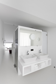 Hotel-zenden-alessi-il-bagno-dot-bathroom-fixtures_normal