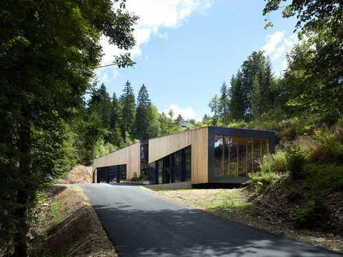 maison d'art'chitecture — Hangar Les Brenets