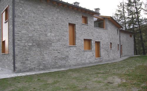 ES arch enricoscaramelliniarchitetto  , DNArchitettura - Guido De Novellis — PL5 Residenze turistiche