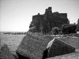 Castello_di_jaci_normal