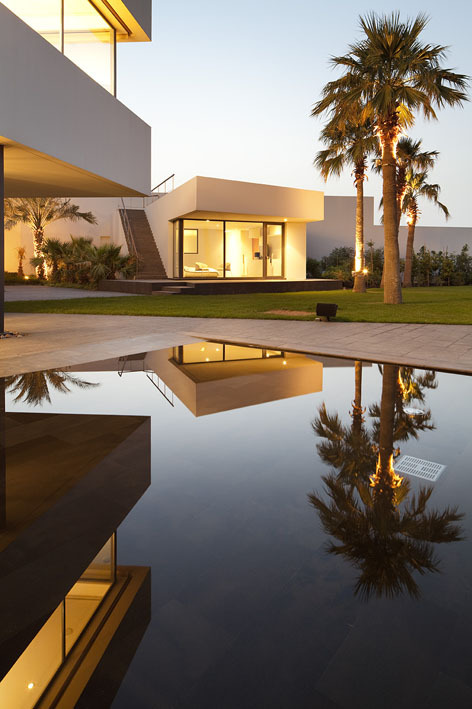 Nelson_garrido_star_house_kuwait_08_full