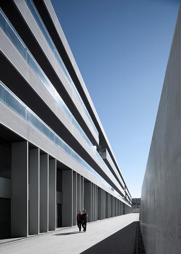 RSANABRIA arquitectes associats — Edificio Creapolis
