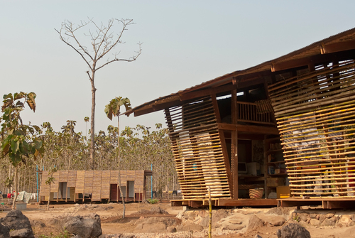 Pasiaalto_tyintegnestue-safehavenlibrary-thailand-654_large