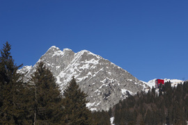 1_prospetto_dalla_valle_©_meran_2000_–_frieder_blickle_normal
