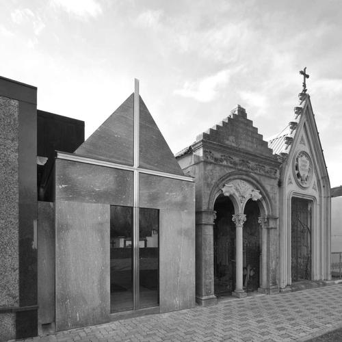 Raimondo Guidacci — cappella funeraria