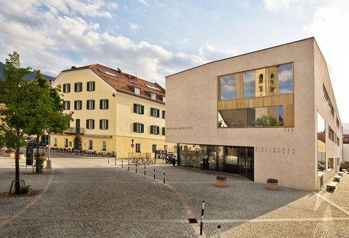 EM2 Architetti - Egger I Mahlknecht I Mutschlechner, Pedevilla Architekten — Municipio di San Lorenzo