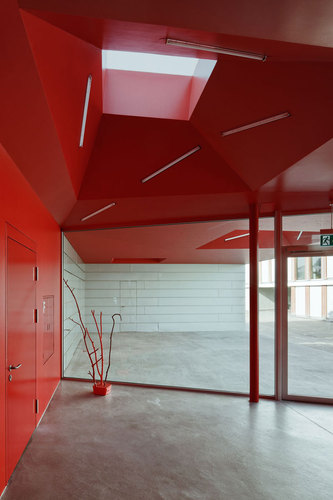 Eps-foyer-alte-turnhalle_large