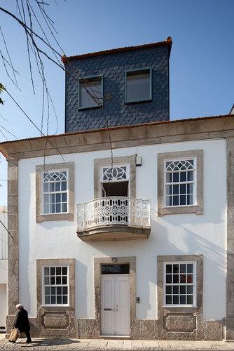 Barbosa & Guimarães — EA House