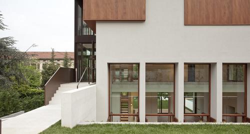 Teka Studio - Francesco Valesini - Nadia Bratelli — Ristrutturazione villa