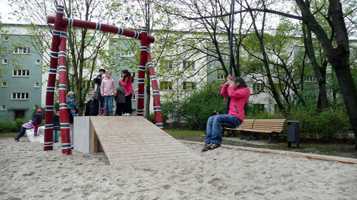 Kal_playground_5_large