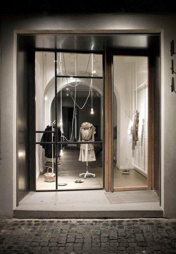 MORQ — NIA Boutique