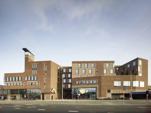 Bolles+Wilson — HAARLEM RAAKSPOORT. CITY HALL AND BIOSCOOP