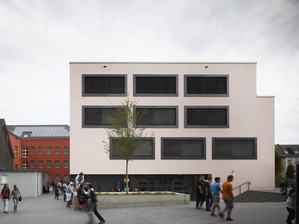 Léon Wohlhage Wernik Architekten — Liselotte Rauner School