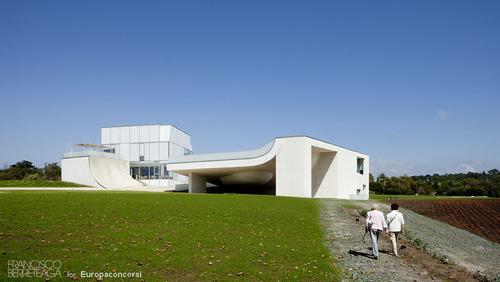 Steven Holl Architects — Cité de l´Ocean et du Surf