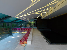 Pool-madrid_1221028_normal