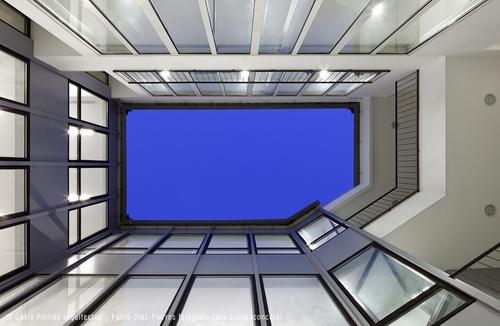 Costa Fierros arquitectos — Rehabilitación de edificio de viviendas y oficinas en Málaga