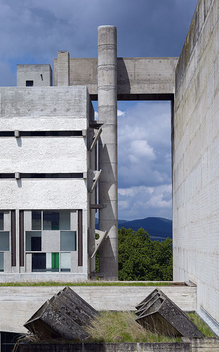 Couvent_saint_maria_de_la_tourette__6__large