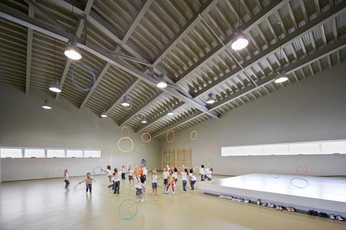 BAAS  Jordi Badia, Victoria Llinares — La Bòbila school