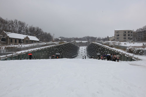 2011_ewha-valley_suk-joon-yoon_03_large