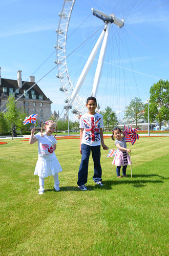Children-playing-in-new-jubilee-gardens-credit-sbeg-30