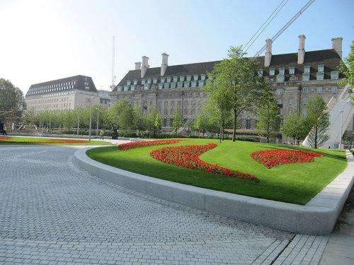 West 8 — Jubilee Gardens
