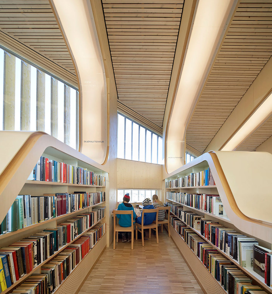 H_h_vennesla-library_©hufton_crow_24_full