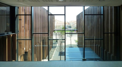 Arcau architectes — Salorge / Town Community
