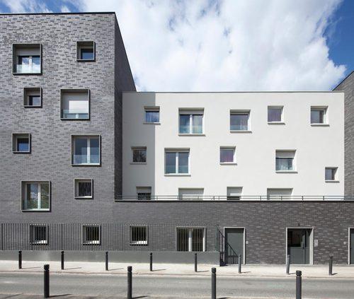 Ateliers O-S architectes: V. Baur, G. Colboc, G. Le Nouëne — 30 logements sociaux BBC Saint-Denis