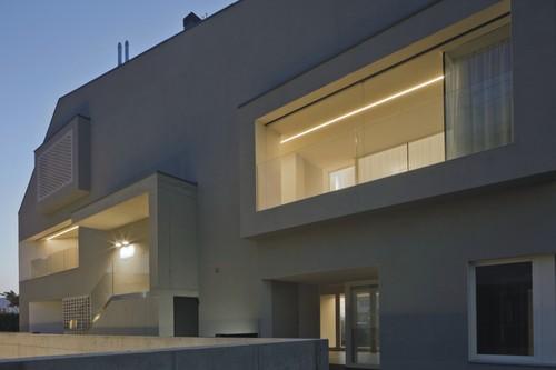 C&P Architetti Luca Cuzzolin+Elena Pedrina — CASA EM