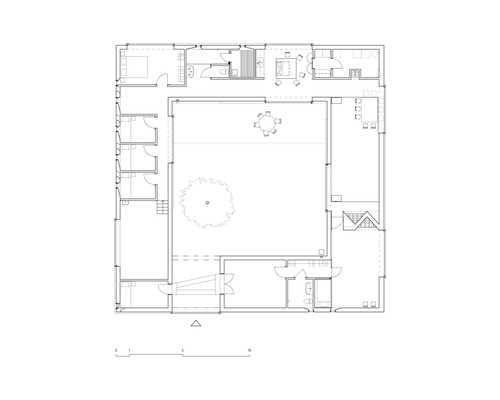 Atrium_house_plan_low_large