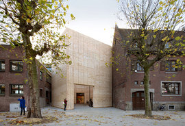 51n4e_075_buda_art_centre_photos_002_copyright_filip_dujardin_normal