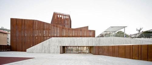 aq4 arquitectura — OKE. Ortuellako Kultur Etxea