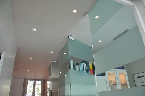 Trendy grigio perla per pareti anna arioli silvia gallani for Pareti bianco perla
