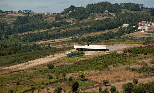 Jean Pierre Porcher, Margarida Oliveira, Albino Freitas, TOPOS Atelier de Arquitectura — House in  Alcobaça