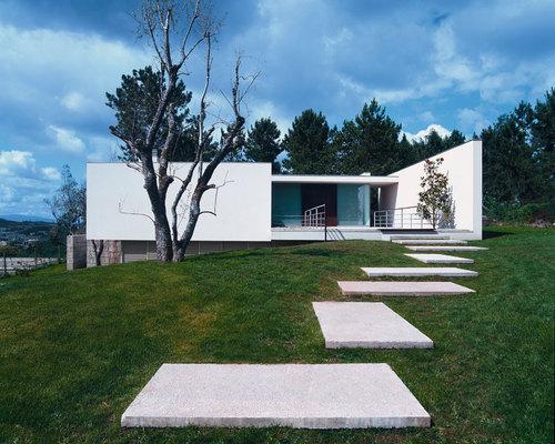 Jean Pierre Porcher, Margarida Oliveira, Albino Freitas, TOPOS Atelier de Arquitectura — House Lot 9
