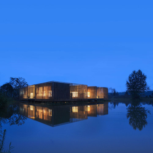 Teahouse_15-night-view-from-the-lake_large