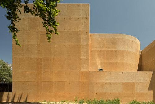 Gonçalo Byrne, arquitectos Lda., Barbas Lopes Arquitectos — THALIA THEATRE