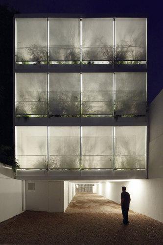 adamo-faiden — Edificio 11 de Septiembre 3260