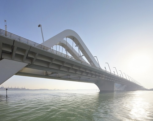 Zha_sheikh_zayed_bridge_©hufton_crow_5_large